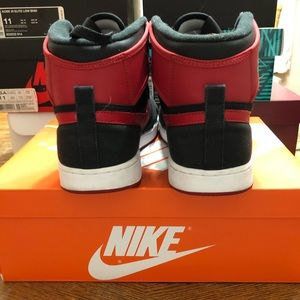 "Jordan Shoes - Air Jordan AJ1 KO ""Bred"", Size 11"